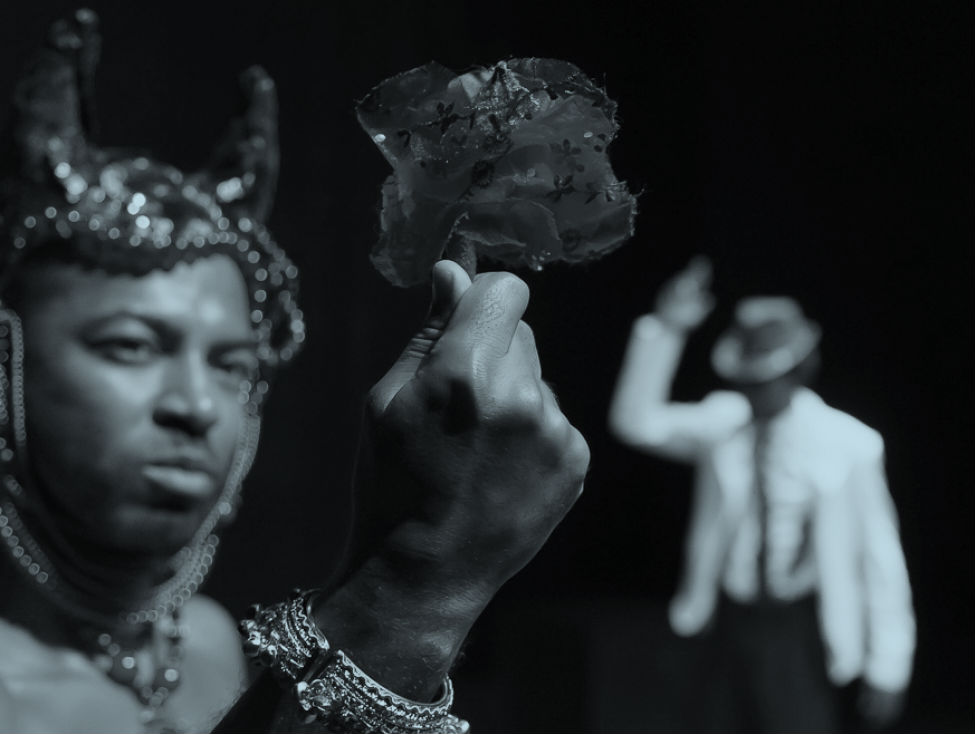 """A estética negra ressignificada no espetáculo """"Madame Satã"""", do Grupo dos Dez"""