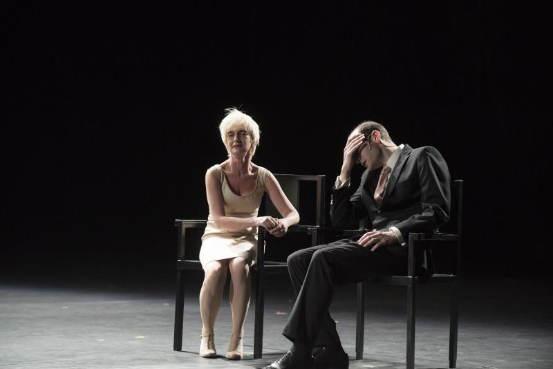 """2015 juin Theatre des Amandiers""""Ça Ira /1 Fin de Louis"""" un spectacle écrit et mis en scène par Joël PommeraDécor et lumière: Eric SoyerCostumes Isabelle Deffin"""