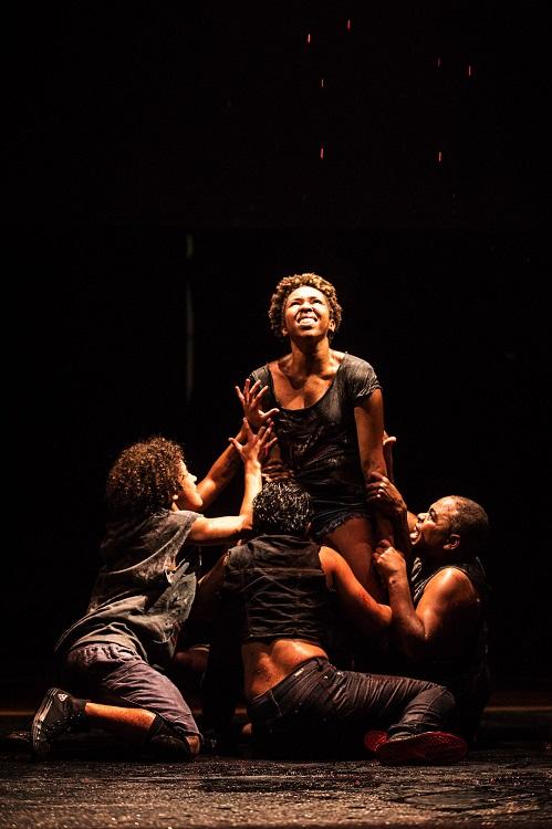 Pai-Contra-Mãe-Cia-Fusion-de-Danças-Urbanas-foto-de-Pablo-Bernardo-teatro2
