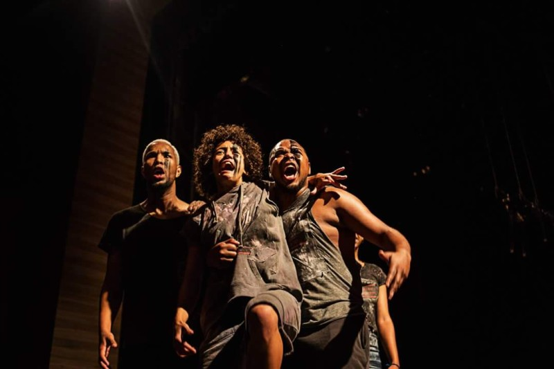 Pai-Contra-Mãe-Cia-Fusion-de-Danças-Urbanas-foto-de-Pablo-Bernardo-teatro3