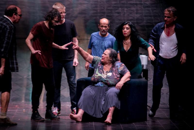 Nós. Grupo Galpão. Foto de Annelize Tozetto.